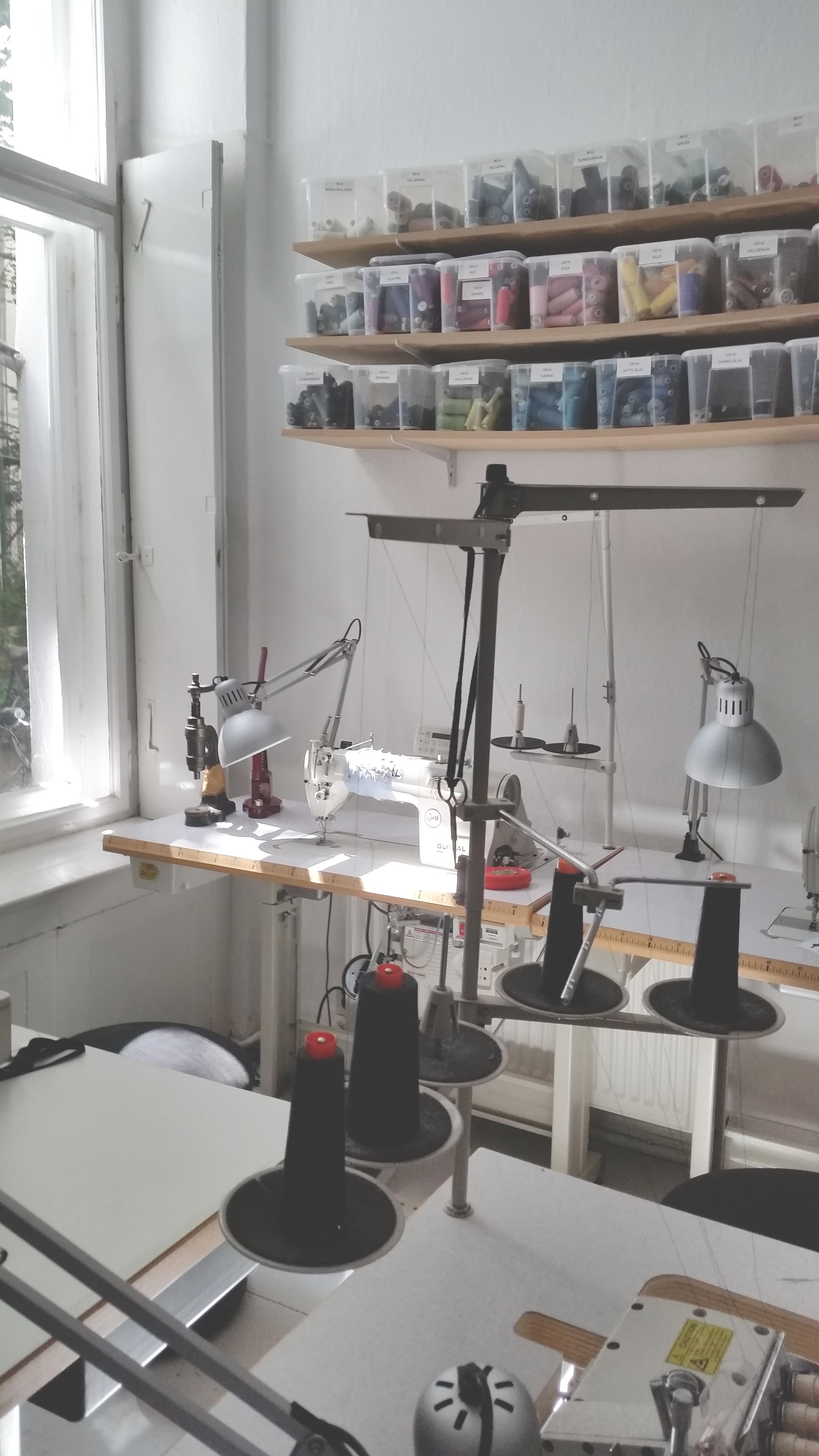 Werkstatt Workshop vom deine Kollektion nachhaltig produzieren zu lassen für Modedesigner